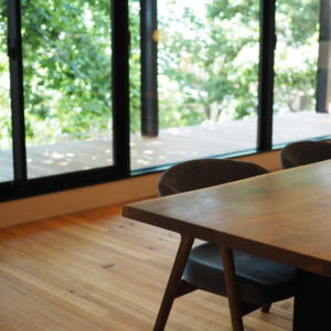 無垢材家具の魅力