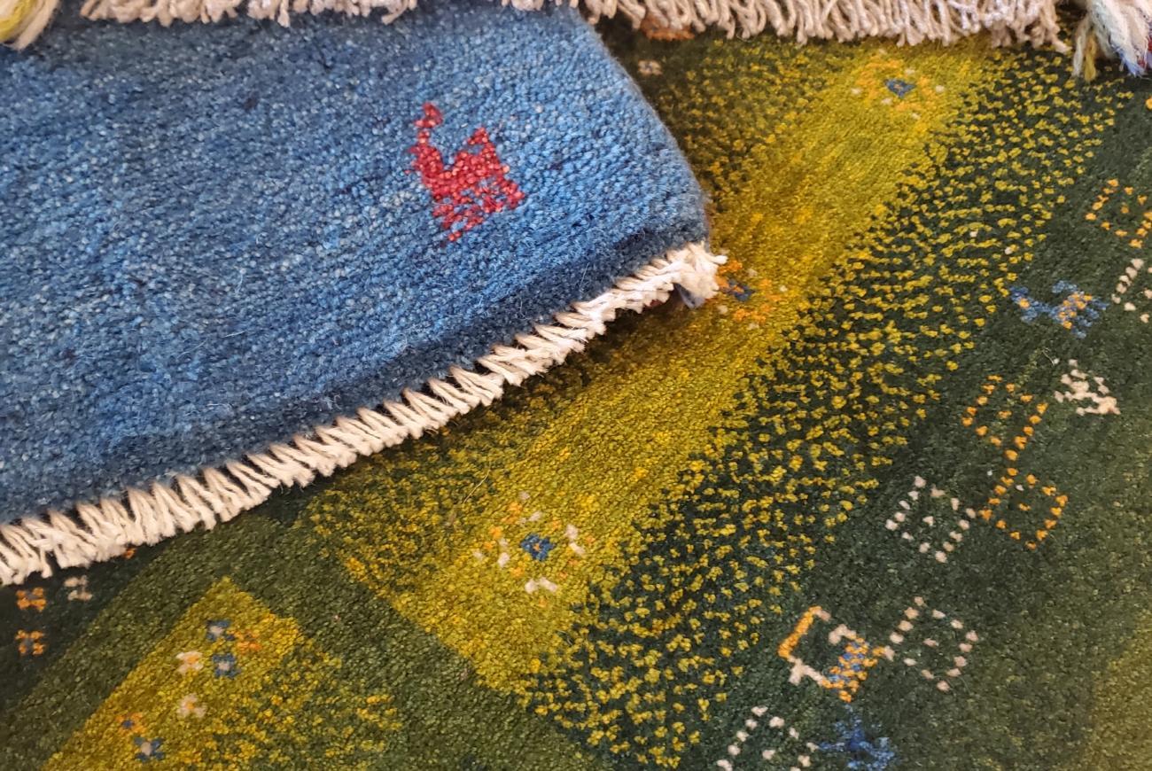 ペルシャ絨毯 ギャッベ ラグイベント